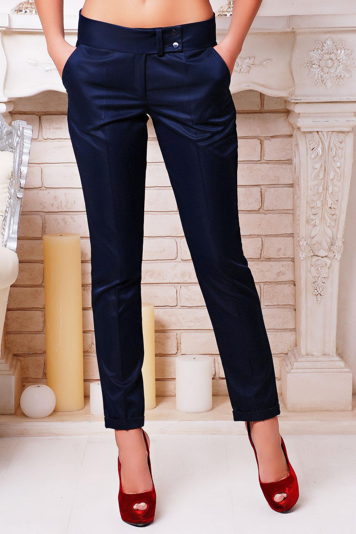 женские светло-бежевые брюки. брюки Хилори. Цвет: темно синий