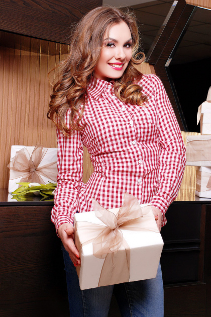 Модная женская блузка цвета электрик в клетку. блуза Шериф д/р. Цвет: бордовый-клетка